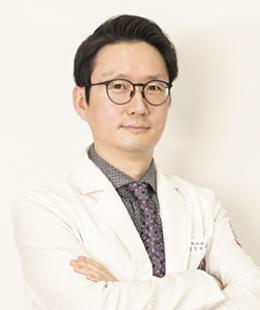 김진영 내과과장