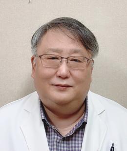 송영주 내과과장